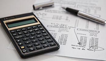 Est-il possible de cumuler retraite et vente à domicile ?