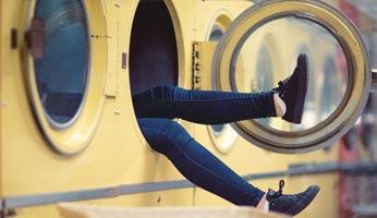 Comment réussir sa lessive : trier et laver son linge