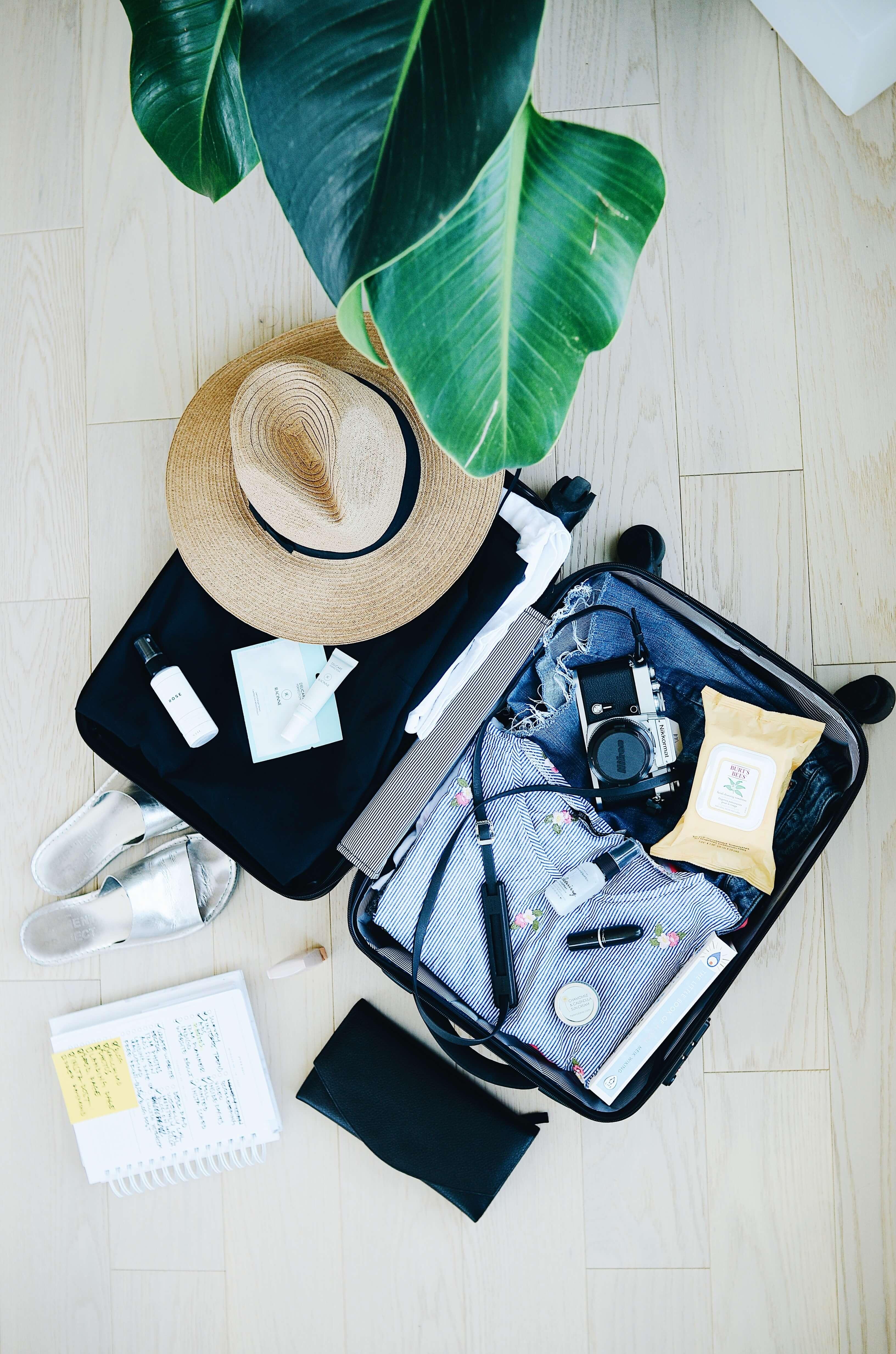 quels produits d'entretien emmener dans sa valise pour les vacances ? Faites le ménage en vacances